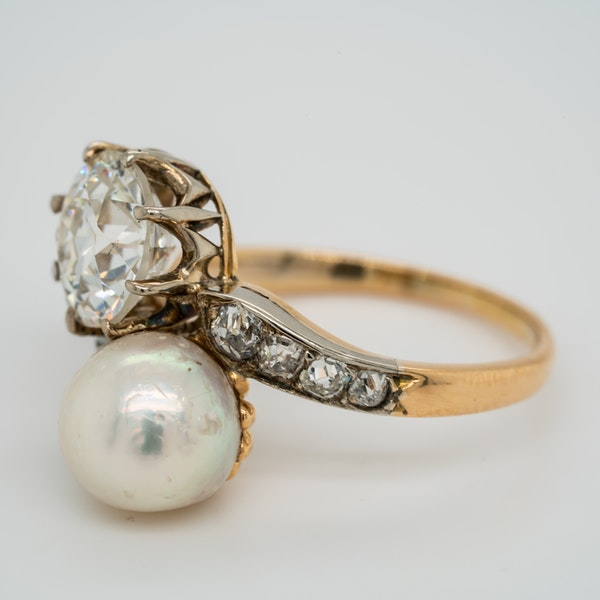 Pearl and diamond crossover  ring - image 3
