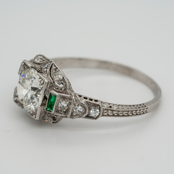 Art Deco diamond and emerald shoulders cluster ring - image 3