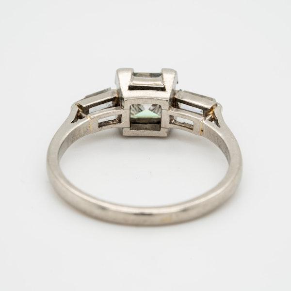 Art Deco diamond ring, asscher cut , 1 .25 ct est. centre with diamond shoulders - image 4