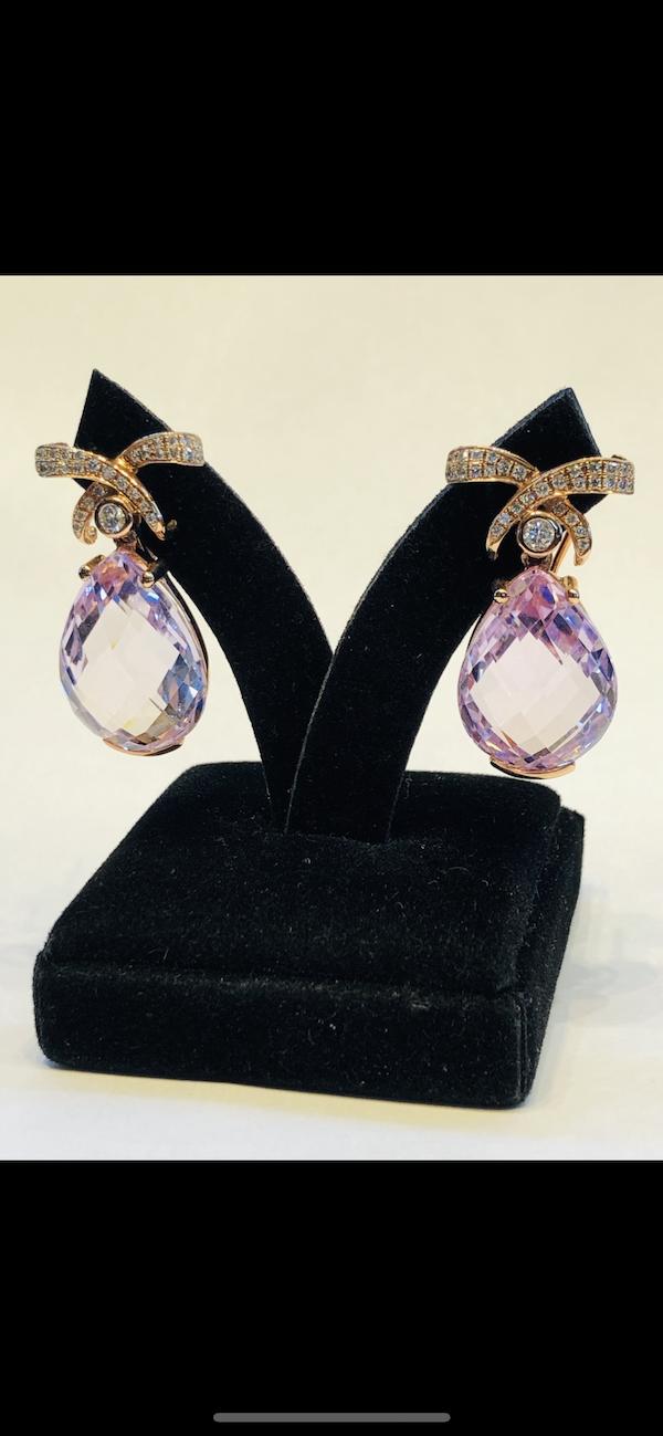 18K yellow gold 35.00ct Kunzite and 1.25ct Diamond Earrings - image 5