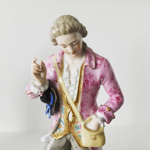 Pair of 19th century Meissen figures - image 3