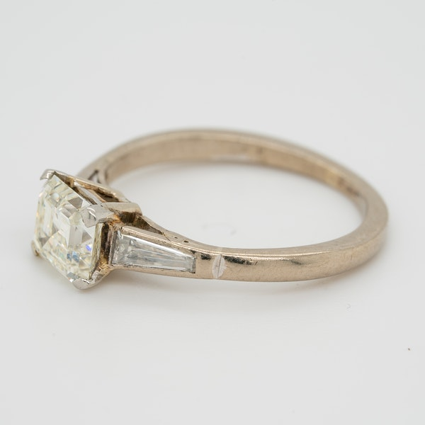 Diamond asscher cut solitaire ring with tapered  baguette shoulders - image 3