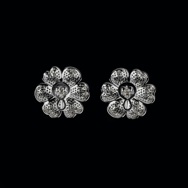 18K white gold 7.60ct Diamond Earrings - image 2
