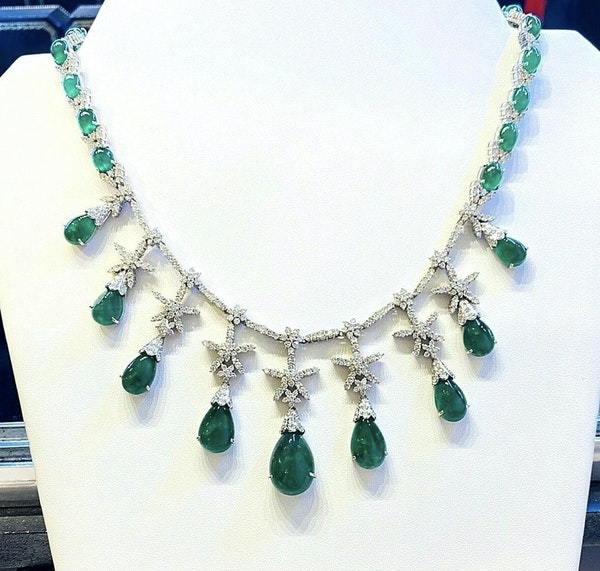 18K white gold Cabochon Natural Emerald and Diamond Necklace - image 1