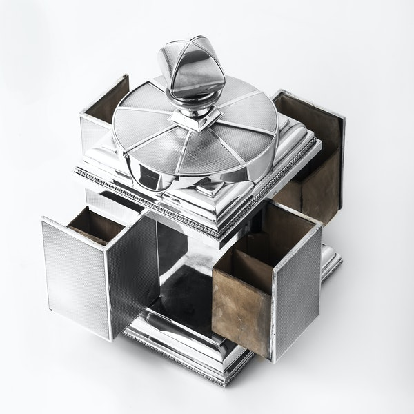 Magnificent Art Deco Silver Cigarette Box with elegant swivel action by ASPREY - image 5