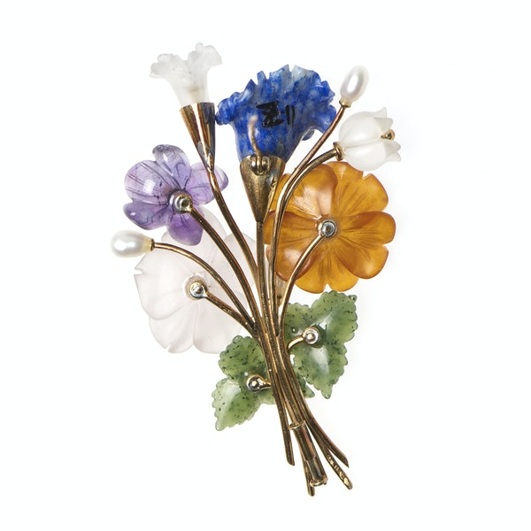 Viennese Botanical Spray Brooch in 14 Karat Gold of Carved Flowers in Coloured Stones, Austrian circa 1950. - image 3