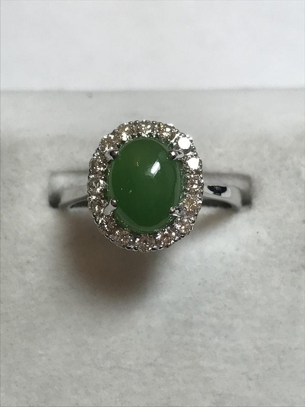 18K white gold 2.13ct Natural Jade and 0.40ct Diamond Ring - image 2