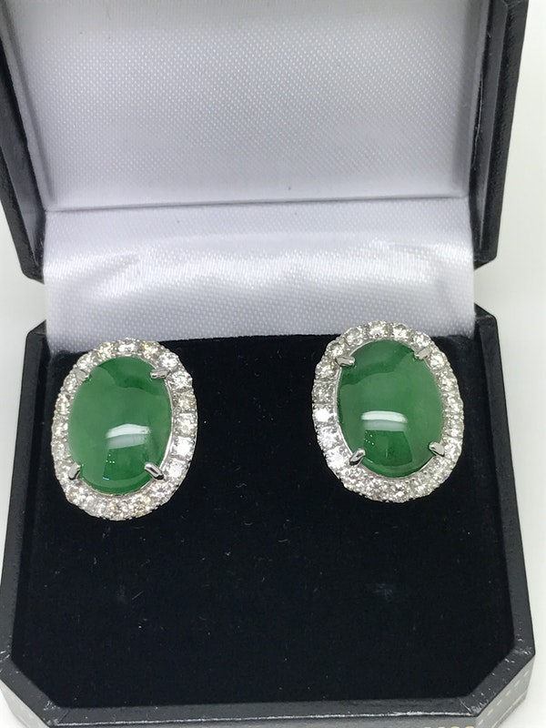 18K white gold 9.91ct Natural Jade and 2.10ct Diamond Earrings - image 4