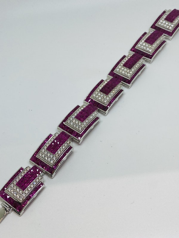 18K white gold 23.17ct Natural Ruby and 5.20 Diamond Bracelet - image 3