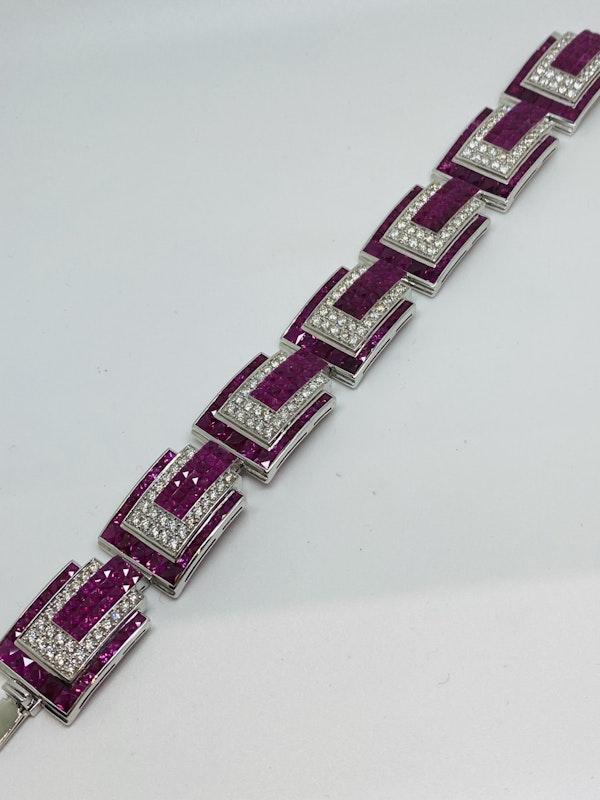 18K white gold 23.17ct Natural Ruby and 5.20 Diamond Bracelet - image 3