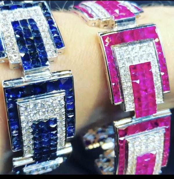 18K white gold 23.05ct Natural Blue Sapphire and 6.24ct Diamond Bracelet - image 4