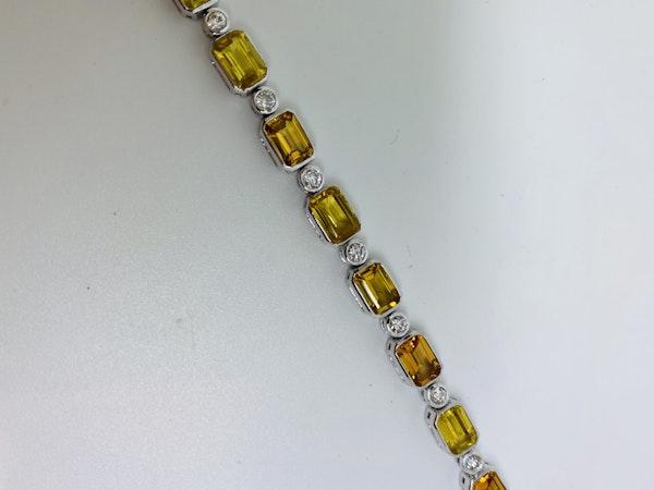 18K white gold 13.53ct Natural Yellow Sapphire and 0.89ct Diamond Bracelet - image 4
