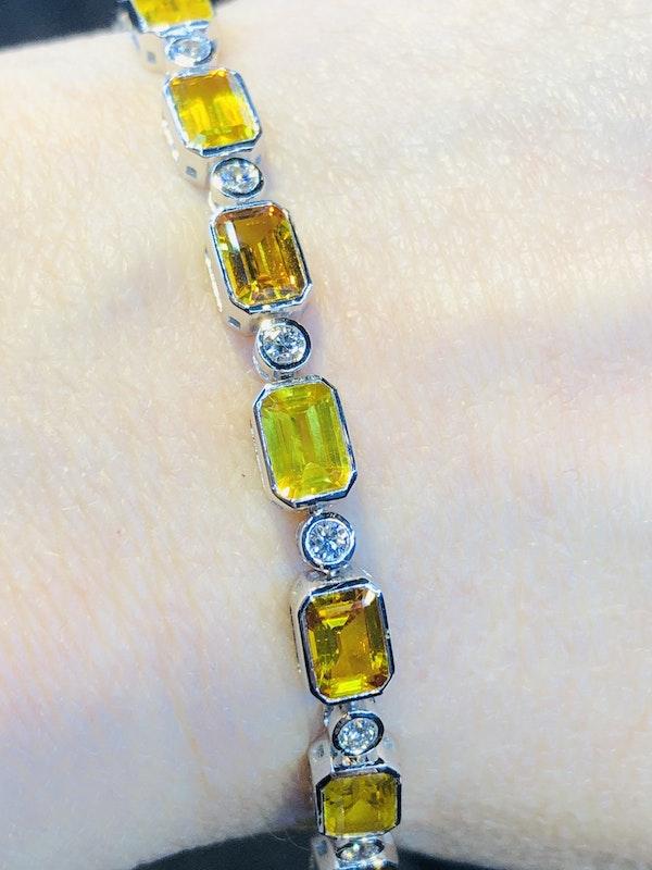 18K white gold 13.53ct Natural Yellow Sapphire and 0.89ct Diamond Bracelet - image 2