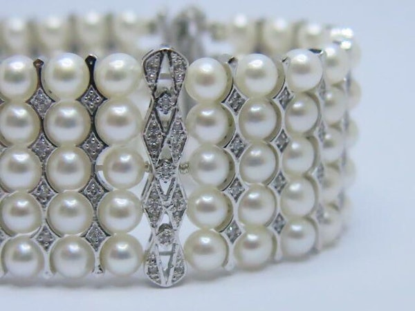 18K white gold Pearls and Diamond Bracelet - image 4
