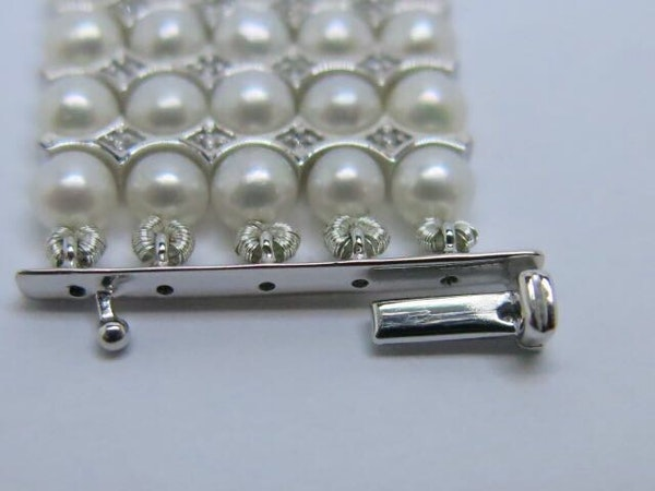 18K white gold Pearls and Diamond Bracelet - image 5
