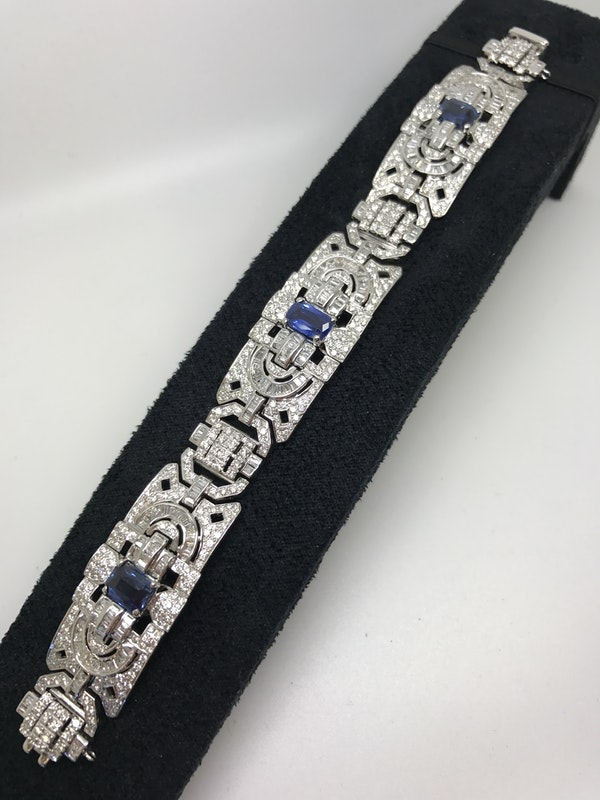 18K white gold 6.00ct Natural Blue Sapphire and 11.00ct Diamond Bracelet - image 1