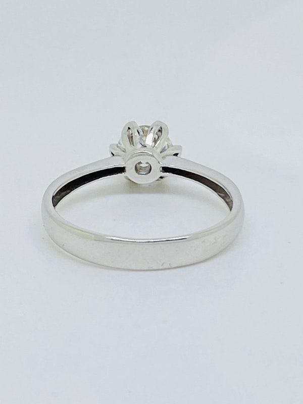 18K white gold, 0.75ct Diamond Solitaire Engagement Ring - image 2