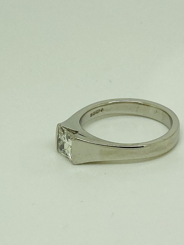 Platinum, 0.90ct Diamond Solitaire Engagement Ring - image 1