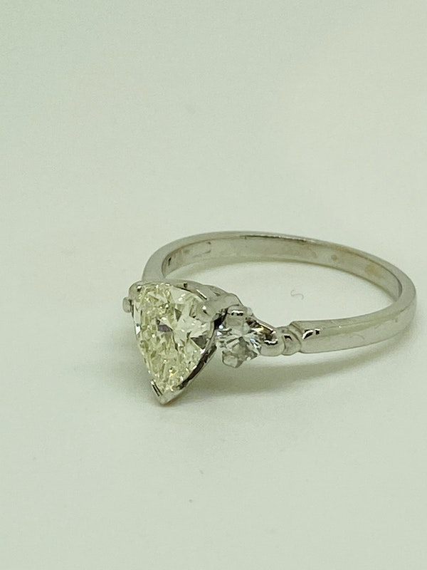 18K white gold, 1.10ct Diamond Engagement Ring - image 1