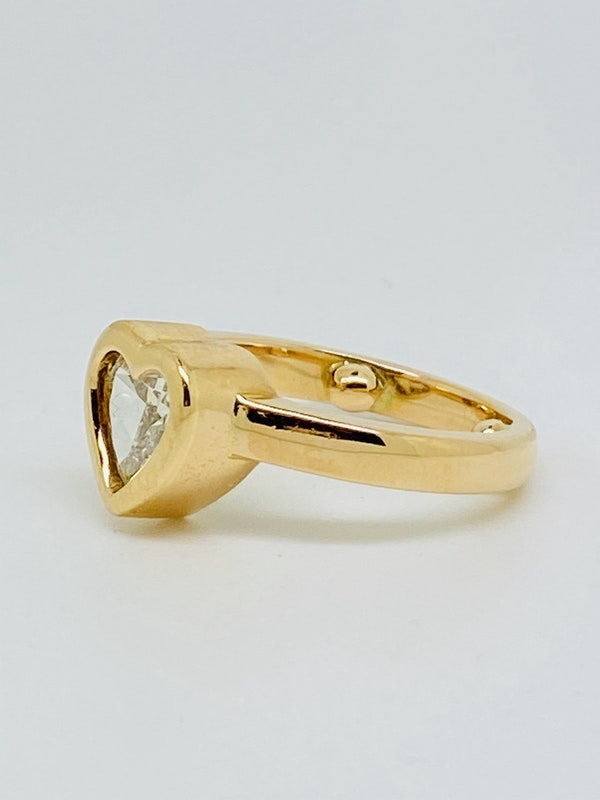 18K yellow gold, 1.16ct Diamond Solitaire Engagement Ring - image 2