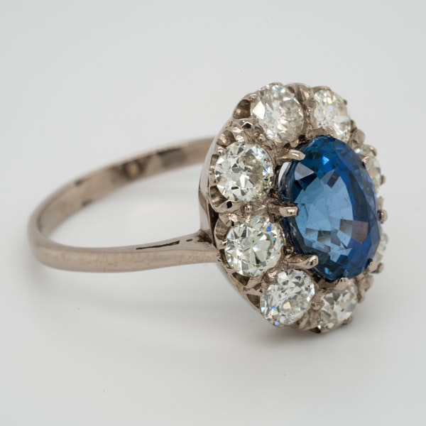 Sapphire and diamond cluster engagement ring  DBGEMS - image 2
