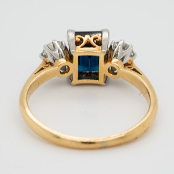 Garrards Sapphire and Diamond Engagement Ring  DBGEMS - image 4