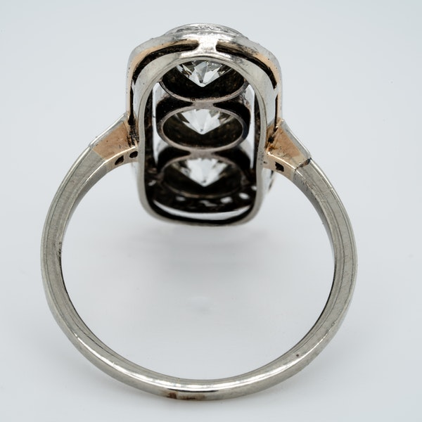 Art deco three stone diamond ring  DBGEMS - image 3
