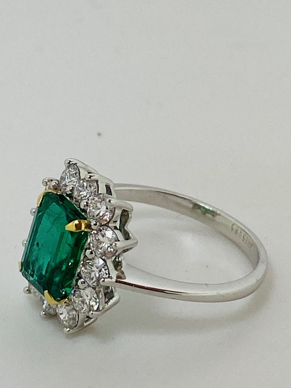 18K white gold 1.92ct Natural Emerald and 0.96ct Diamond Ring - image 2