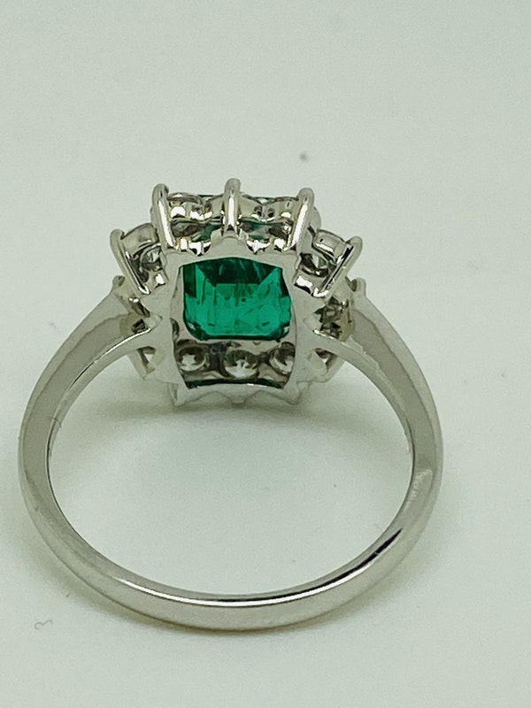 18K white gold 1.92ct Natural Emerald and 0.96ct Diamond Ring - image 3