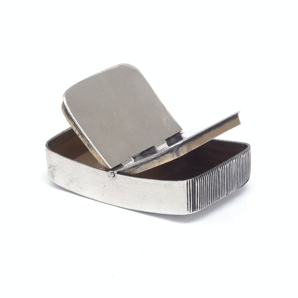 An antique silver double snuff box and striker - image 4