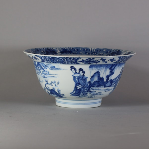 Fine Chinese blue and white 'klapmuts' bowl, Kangxi(1662-1722) - image 5