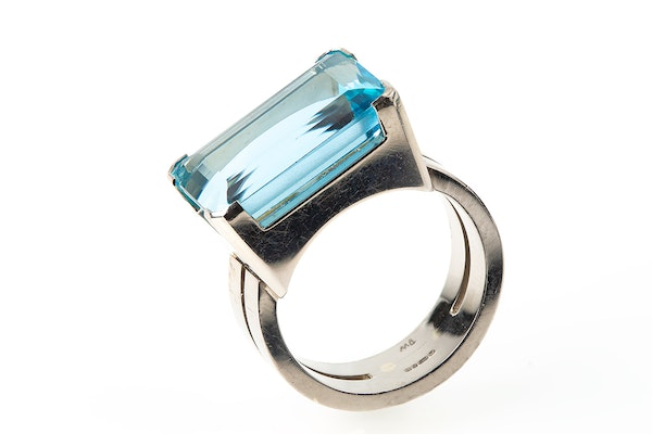 Vintage Natural Colour Aquamarine Ring mounted in White Gold, English dated 1961. - image 1