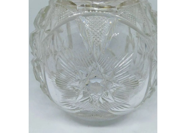 An antique enamel and silver English cologne bottle - image 4