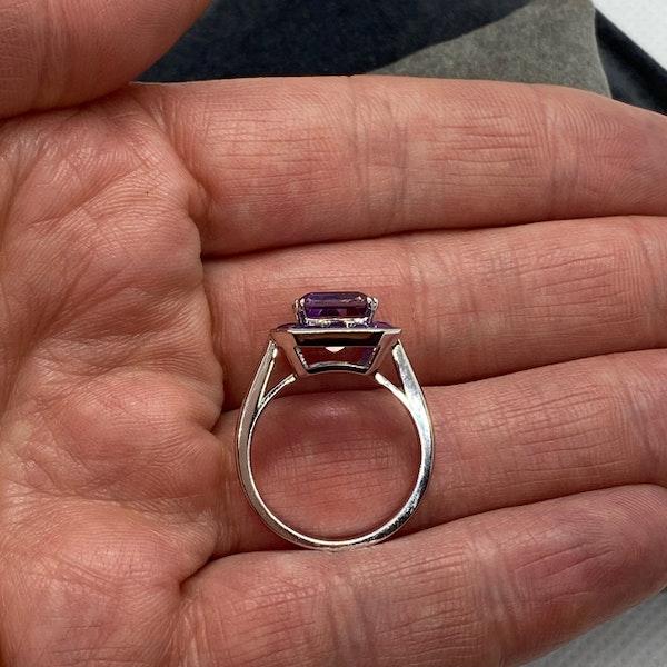 2010's, 18k White Gold Ametrine & Amethyst stone set Ring by Lilly Shapiro, SHAPIRO & Co - image 4