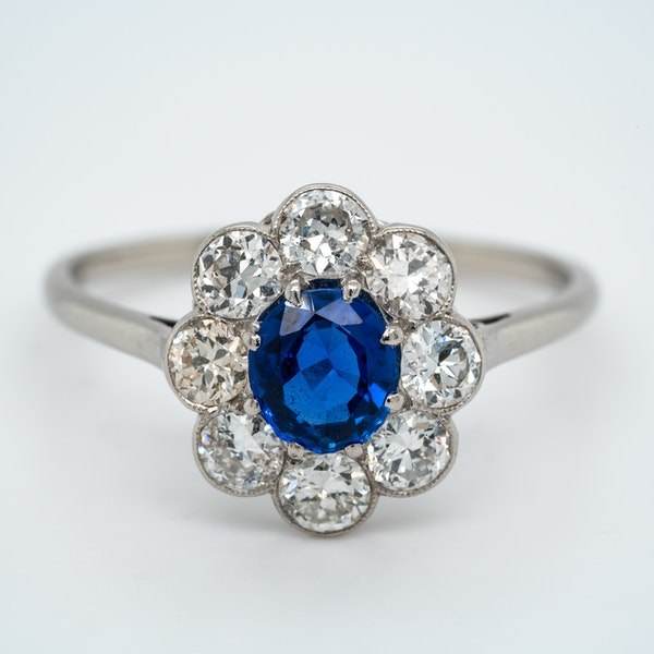 Edwardian sapphire and diamond cluster ring - image 1