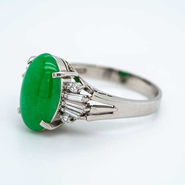 Jade and diamond baguettes ring with certificate - image 2