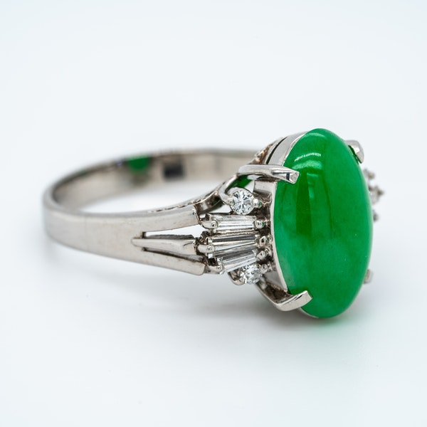 Jade and diamond baguettes ring with certificate - image 4