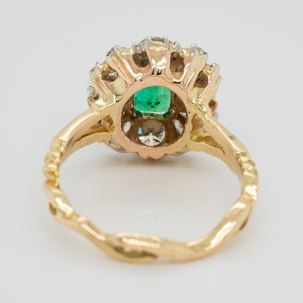 Emerald and diamond rectangular cluster  ring - image 4