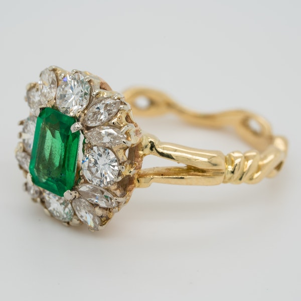 Emerald and diamond rectangular cluster  ring - image 3