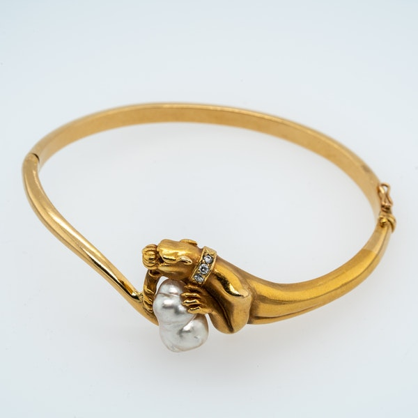 Cartier design panther pearl and diamond bangle - image 1