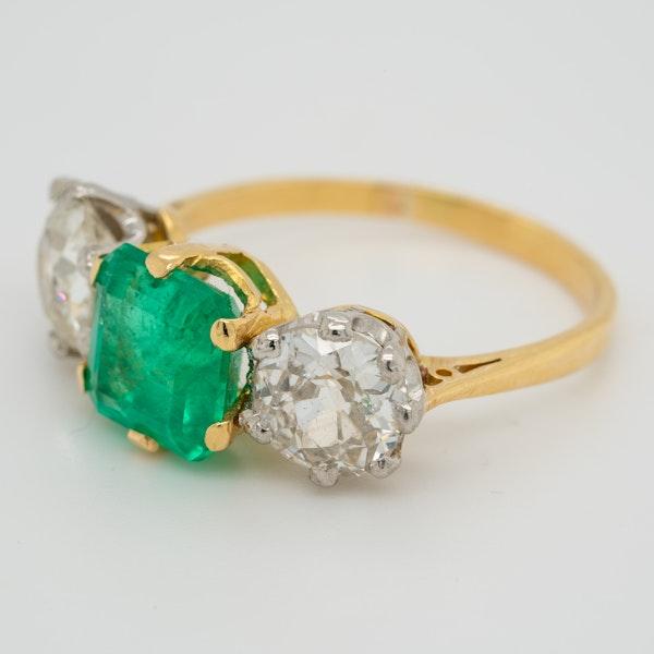 Emerald and diamond 3 stone ring - image 3