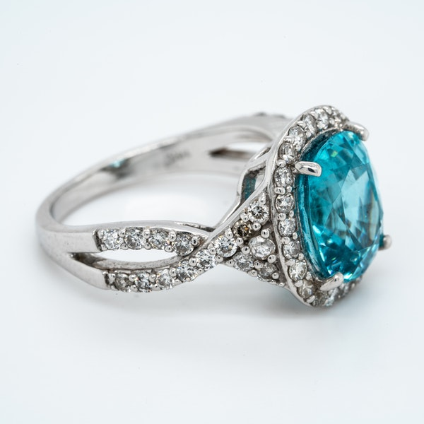 Blue Zircon and diamond cluster ring - image 2