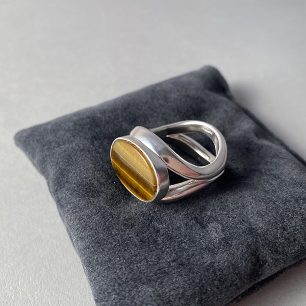 London 1983, Silver & Tigers Eye stone set Ring by Georg Jensen, SHAPIRO & Co - image 5