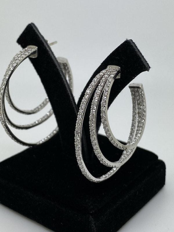 18K white gold 3.53ct Diamond Hoop Earrings - image 2