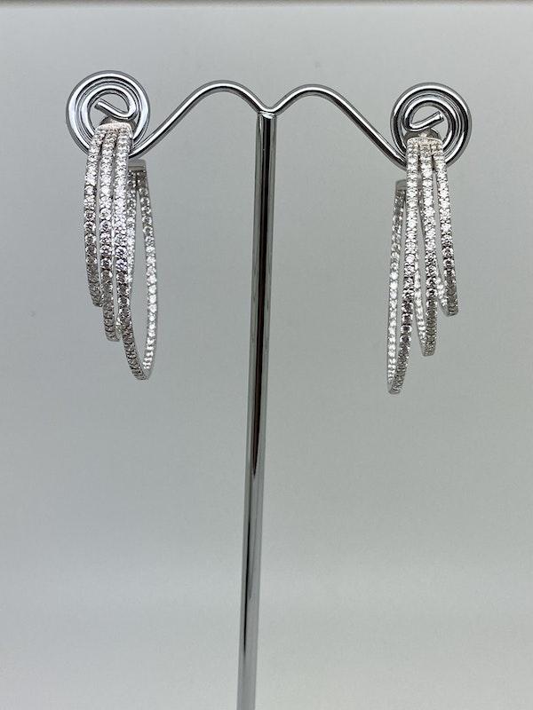 18K white gold 3.53ct Diamond Hoop Earrings - image 4
