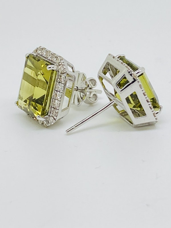 18K White gold 14.00ct Natural Green Tourmaline and 0.40ct Diamond Earrings - image 3