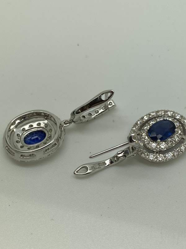 18K white gold 1.62ct Natural Blue Sapphire and 2.32ct Diamond Earrings - image 3