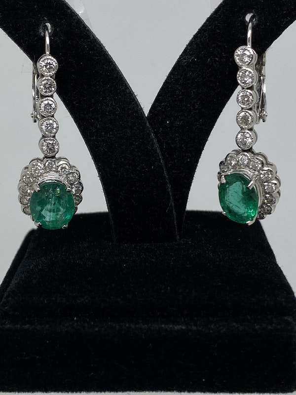 18K white gold 5.00ct Natural Emerald and 1.25ct Diamond Earrings - image 2