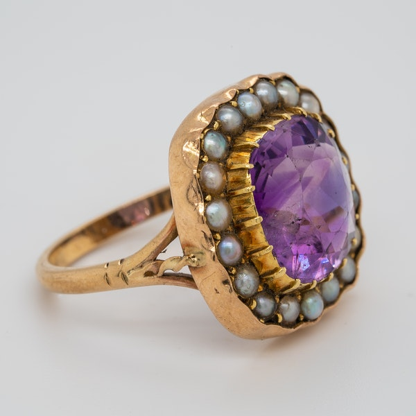 Amethyst and Pearl ring - image 2