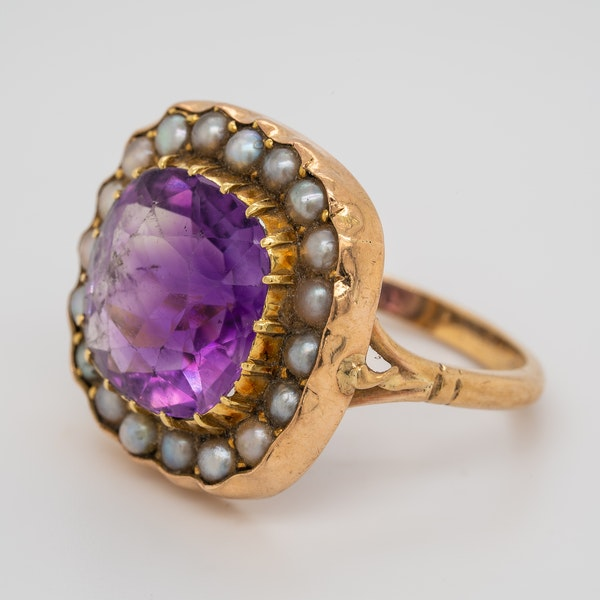 Amethyst and Pearl ring - image 3